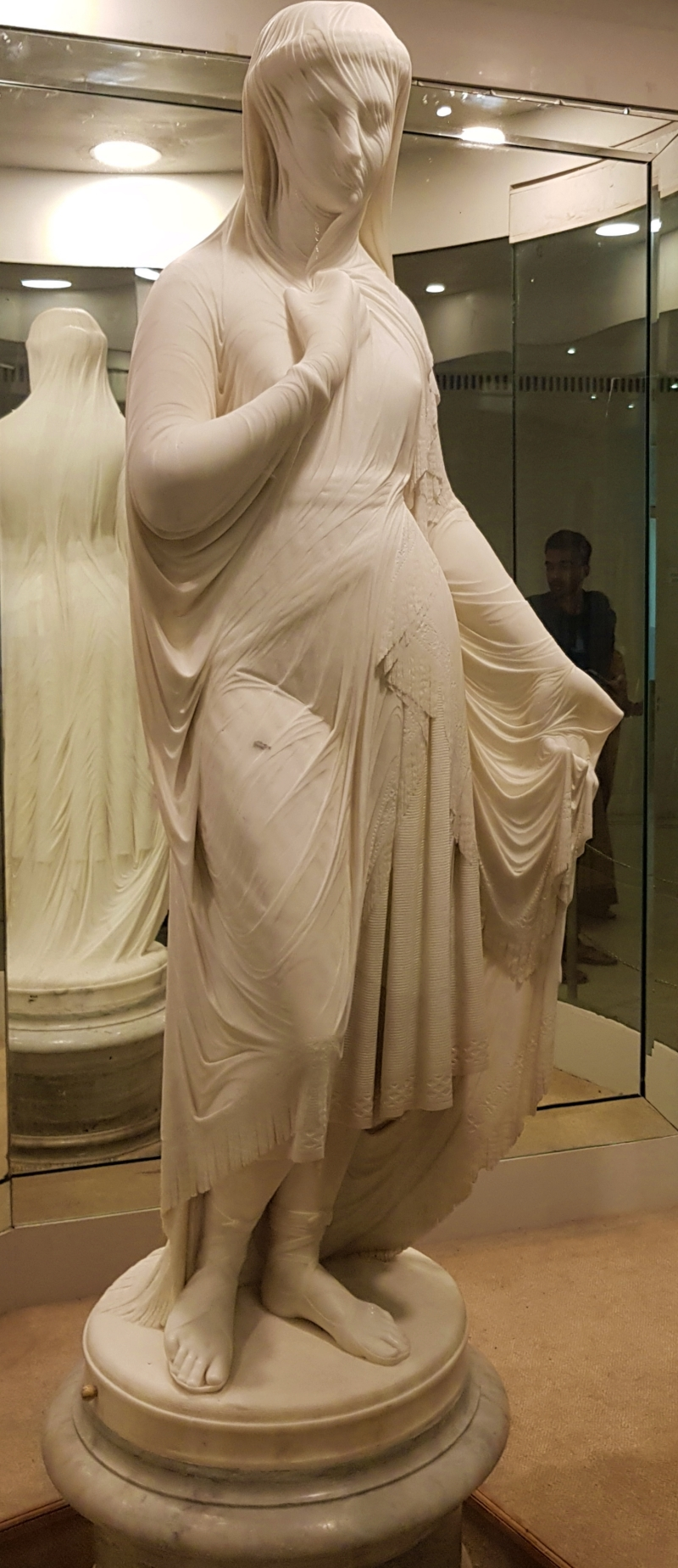 sculpture of Veiled Rebecca at salarjung museum