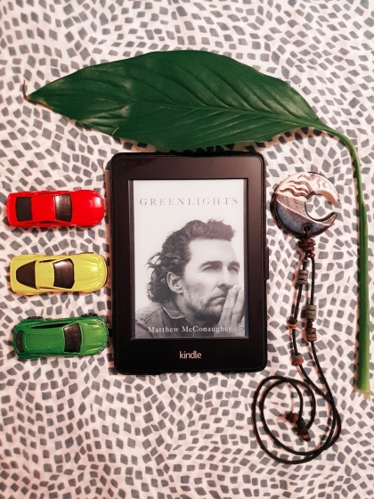 greenlights ebook with leaf, cars making the traffic lights, and moon locket