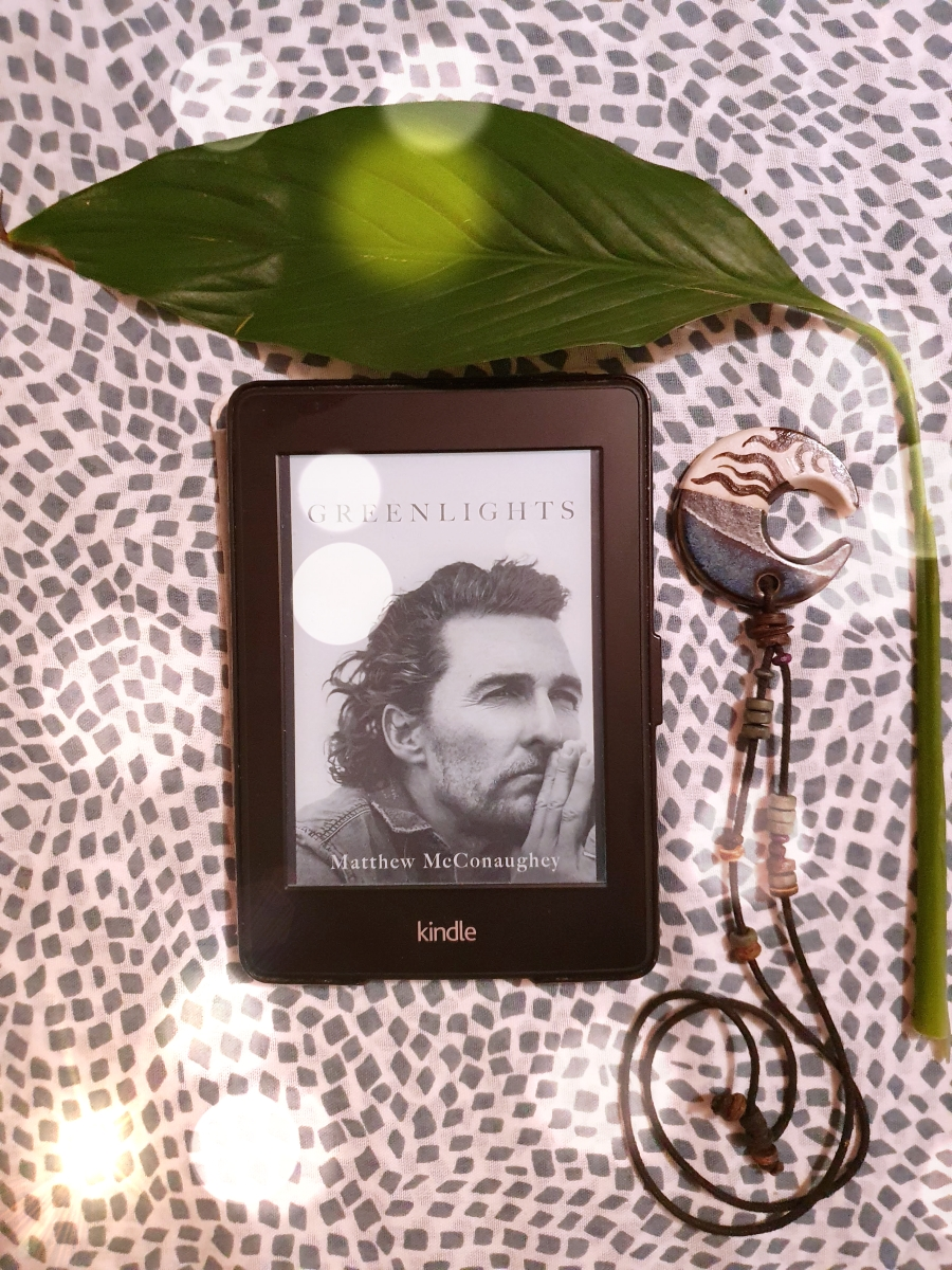 Matthew McConaughey Greenlights ebook with a large leaf and moon locket